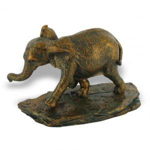 statuette bébé éléphant