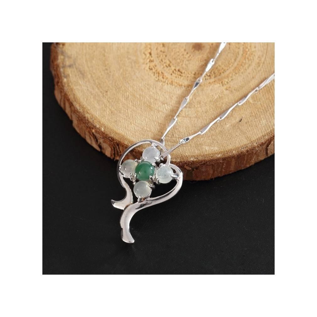 pendentif jade et argent, trèfle à 4 feuilles porte-bonheur
