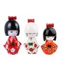 3 poupées japonaises kokeshi