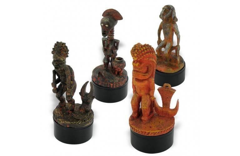 LOT DE 4 FETICHES AFRICAINS