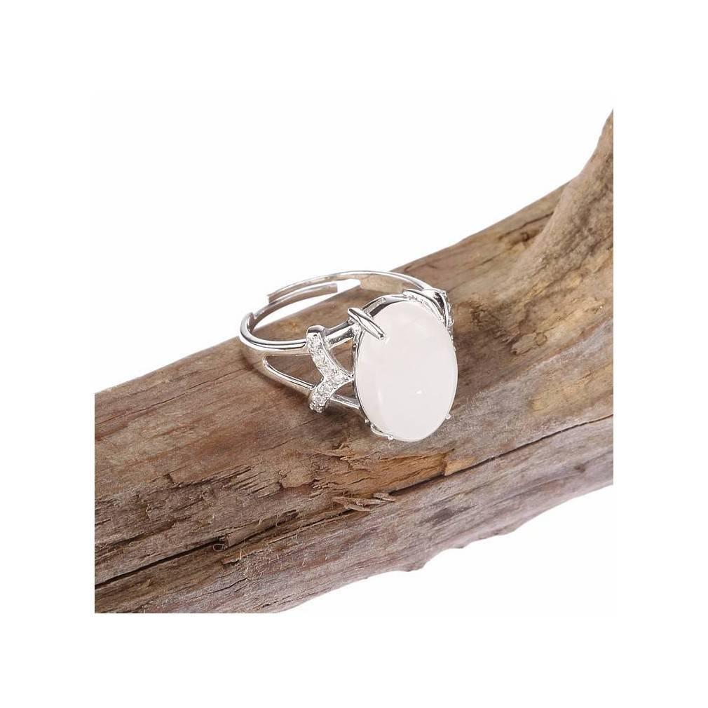Fête des Mères bague en argent avec perle ovale en jade blanc