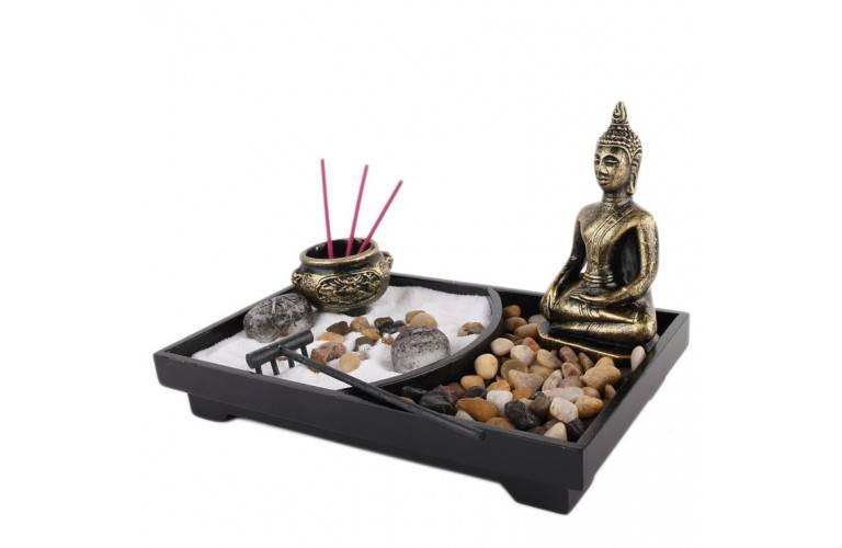 Un jardin zen qui s duira les amateurs d 39 ambiance asiatique ou japonaise dans leur maison for Decoration jardin bouddha