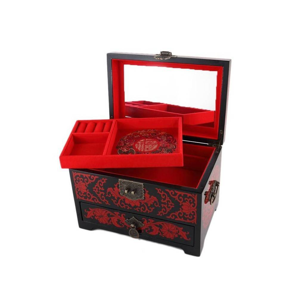 magnifique boite bijoux en bois laqu comportant un d cor japonais de fleurs de cerisier. Black Bedroom Furniture Sets. Home Design Ideas